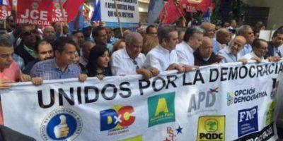 Opositores encabezan segunda marcha por una JCE independiente