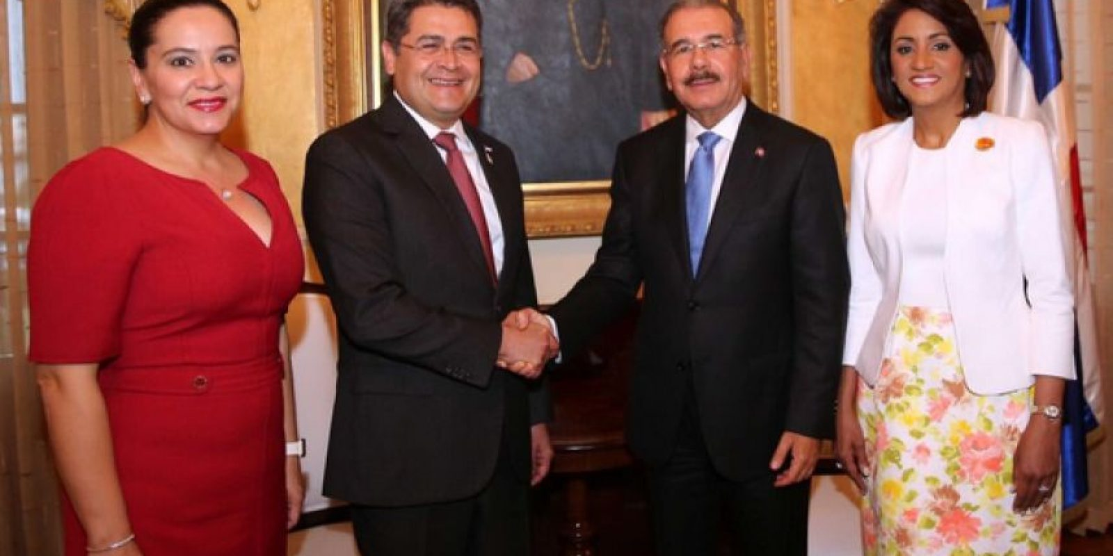 Las parejas presidenciales de Honduras y la República Dominicana este lunes en Palacio Nacional Foto:Presidencia RD