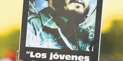 Avanza a Santiago despedida de Fidel