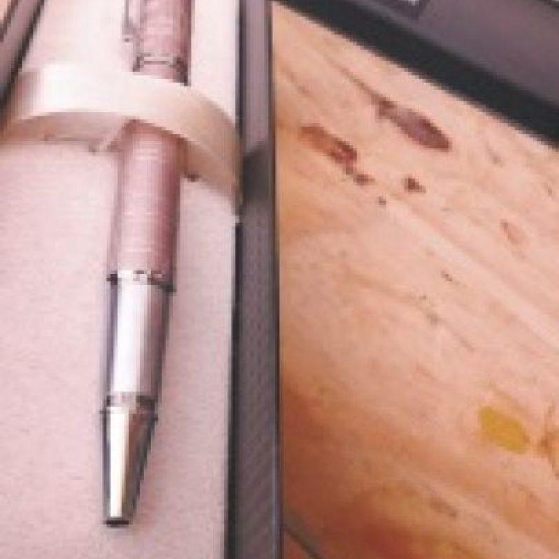 Portalápices. Un portalápices con sacapuntas es un regalo ideal para sorprender a mamá. Ayuda a mantener su escritorio ordenado y además, puedes encontrar diseños divertidos y originales para que pueda incorporarlo a su escritorio. Foto:Fuente externa