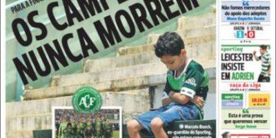 Tragedia de Chapecoense: Portada en (casi) todos los diarios del mundo