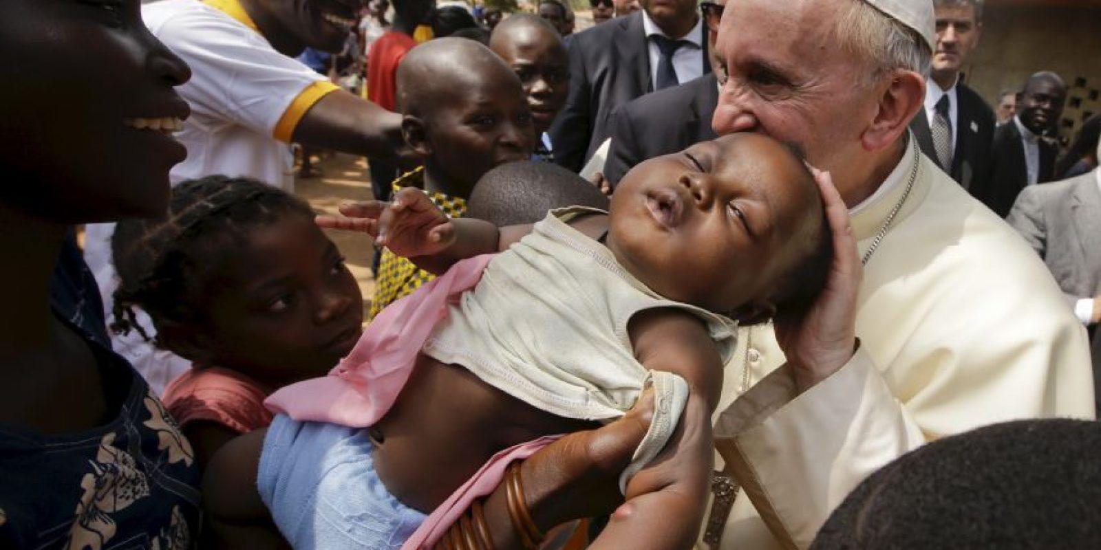 De los cuales el 50% son cristianos, 15% musulmanes y 35% tiene creencias religiosas indígenas Foto:AP