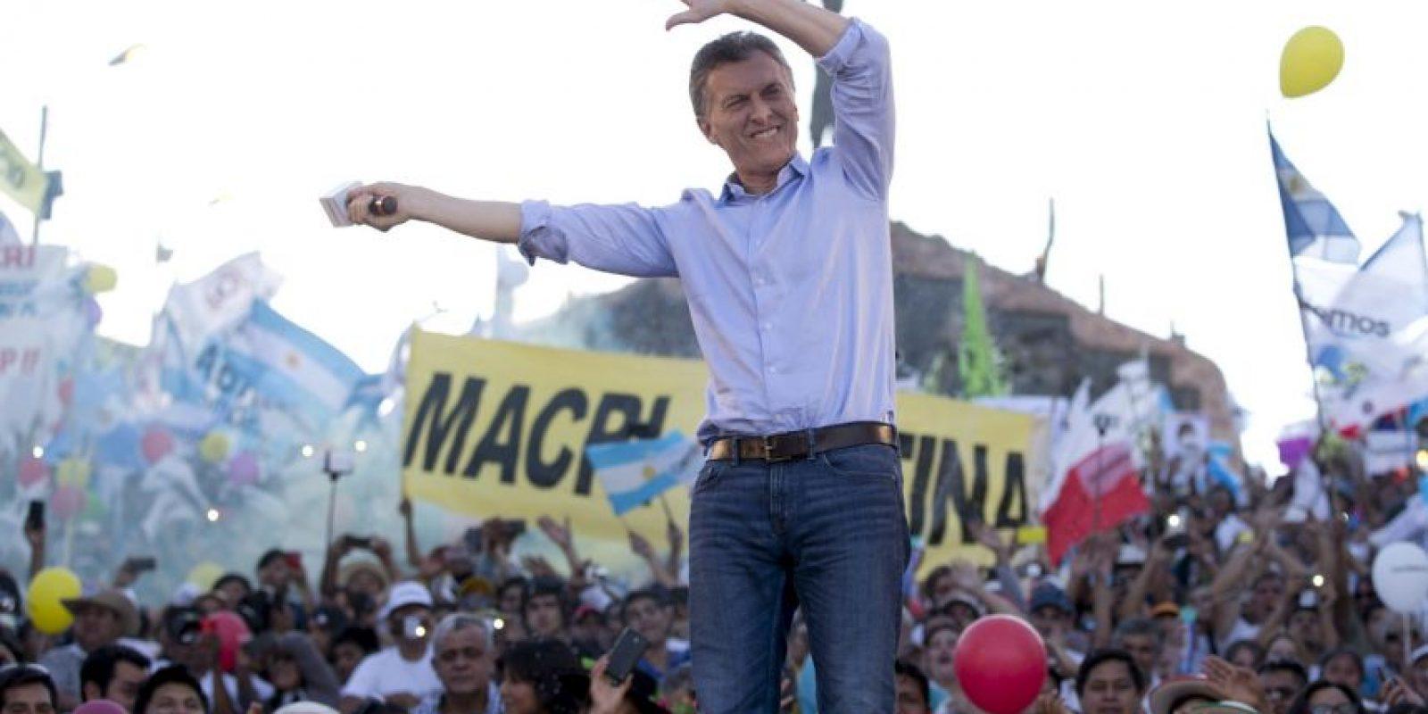 Y Mauricio Macri de la alianza conservadora Cambiemos Foto:AP