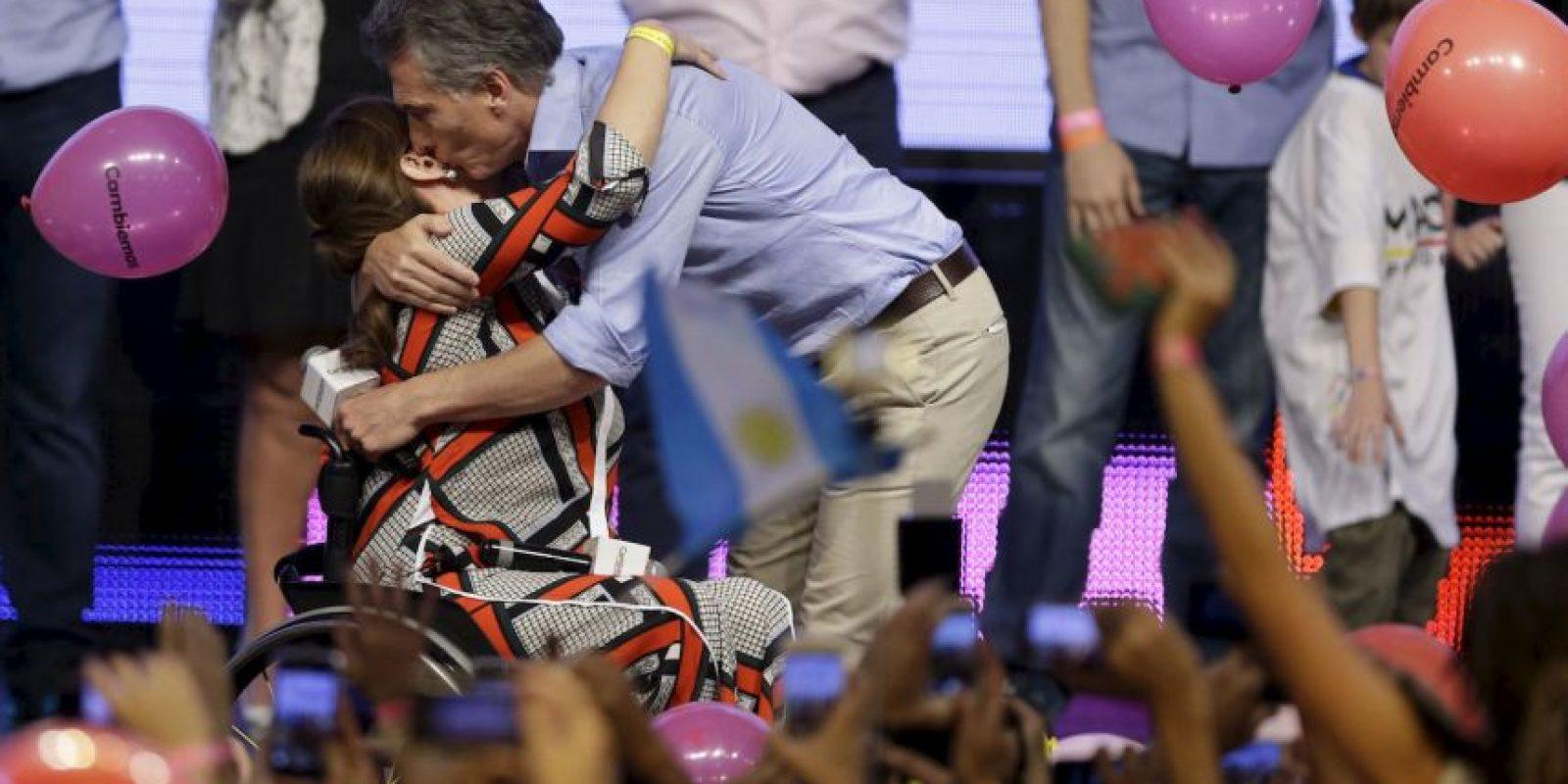 """4. """"Lo que pasó estos meses en la Argentina es inédito, todo tiene carácter de hazaña. Los argentinos han hecho posible lo imposible"""", manifestó Macri en su cuenta de Twitter. Foto:AP"""