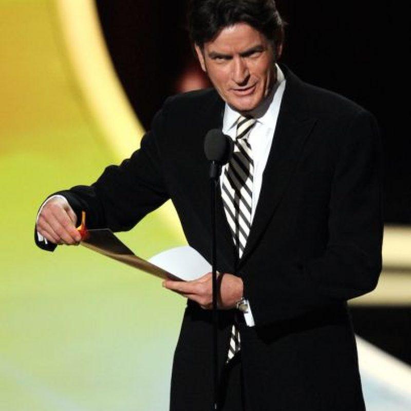 El portal sensacionalista también indicó que Sheen pagó una millonaria suma para mantener en secreto este video. Foto:Getty Images