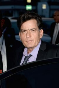 Y aseguró que el famoso también mantuvo relaciones íntimas con transexuales. Foto:Getty Images