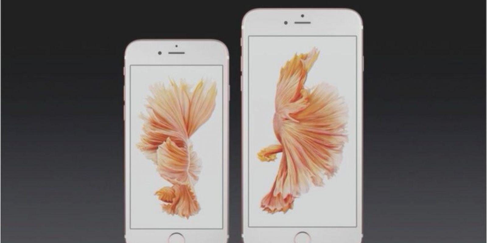 Para quienes desean un smartphone que pueda caber perfectamente en su bolsillo está el iPhone de 6s de 4.7 pulgadas, pero si lo quieren para leer documentos, ver películas o jugar cómodamente está el iPhone 6s Plus de 5.5 pulgadas. Foto:Apple