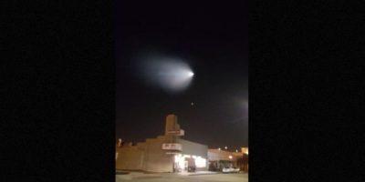 Luego el Ejército de Estados Unidos informó que se trataba de una prueba de un misil. Foto:Twitter.com/jazzieiscrazy
