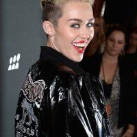 Cinco años después, Miley dio un radical cambio de look y de estilo de vida.