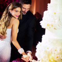 """Cerca de 400 invitados vieron a los enamorados darse el """"sí, acepto"""". Foto:Instagram/sofiavergara"""