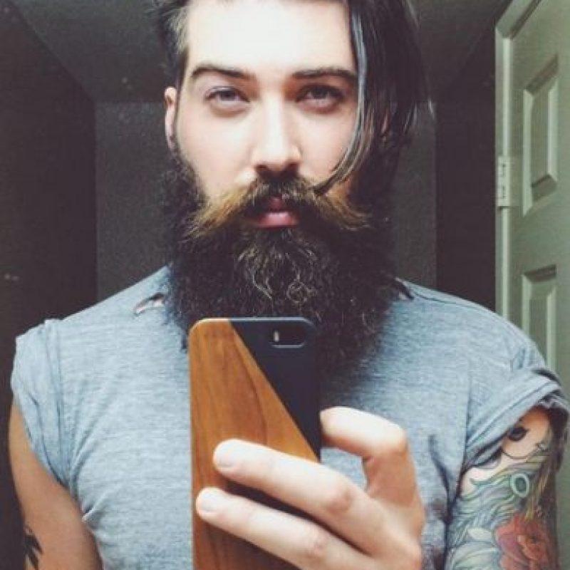 Toran, que también es músico y vive en Los Ángeles, goza de gran popularidad en Instagram, donde cuenta con más de 104 mil seguidores. Foto:Instagram/lane_toran