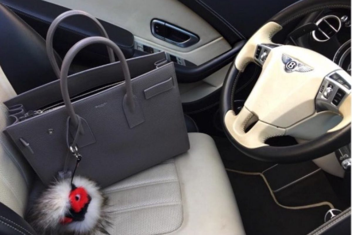 Por esta razón, Alejandra es dueña de una envidiable coleción de accesorios. Foto:vía instagram.com/missale_xo