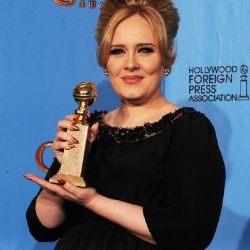 Adele también encontró inspiración en la fallecida cantante Amy Winehouse. Foto:Getty Images