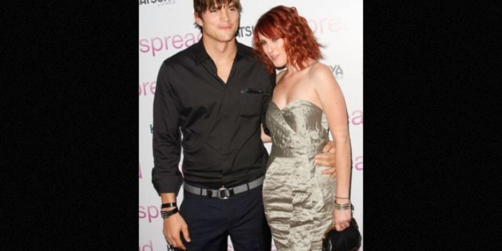 Rumer confesó que su amor platónico de la adolescencia fue Ashton Kutcher, quien se convirtió en su padrastro cuando ella tenía tan solo 17 años de edad. Foto:Getty Images