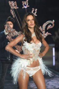 Y es más reconocida por ser uno de los ángeles de Victoria's Secret Foto:Getty Images