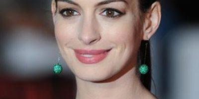 Anne Hathaway y otros famosos que se convertirán en padres en 2016