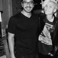Ahora es productor musical que trabaja con reconocida estrellas latinas. Foto:vía twitter.com/GabrielCastanon