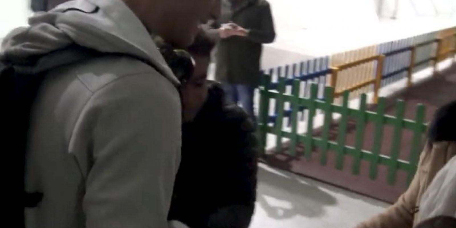 """Además, """"CR7"""" le dio un abrazo. Foto:twitter.com/realmadrid"""