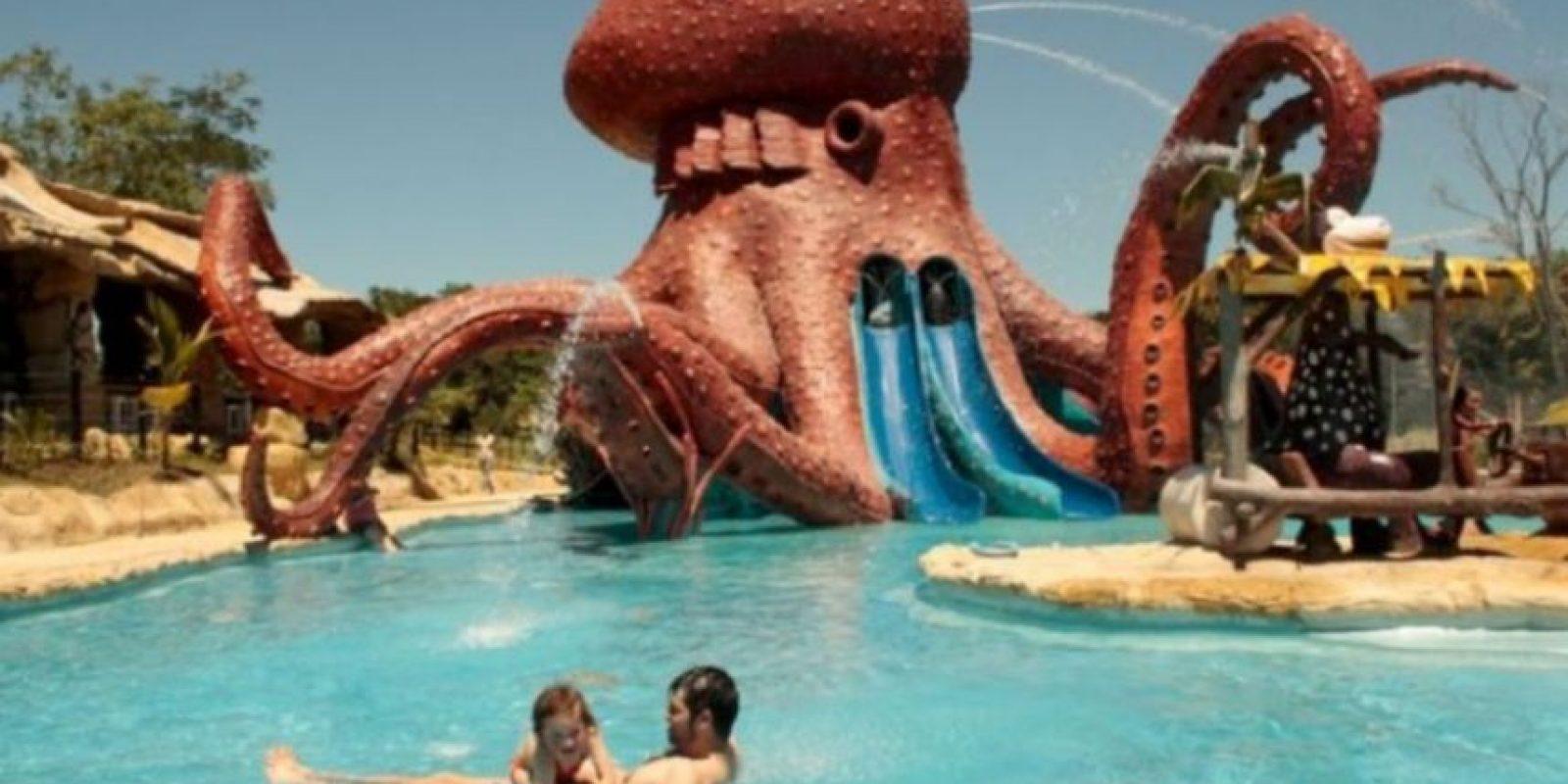 La exhacienda fue convertida en un parque de diversiones. Foto:haciendanapoles.com