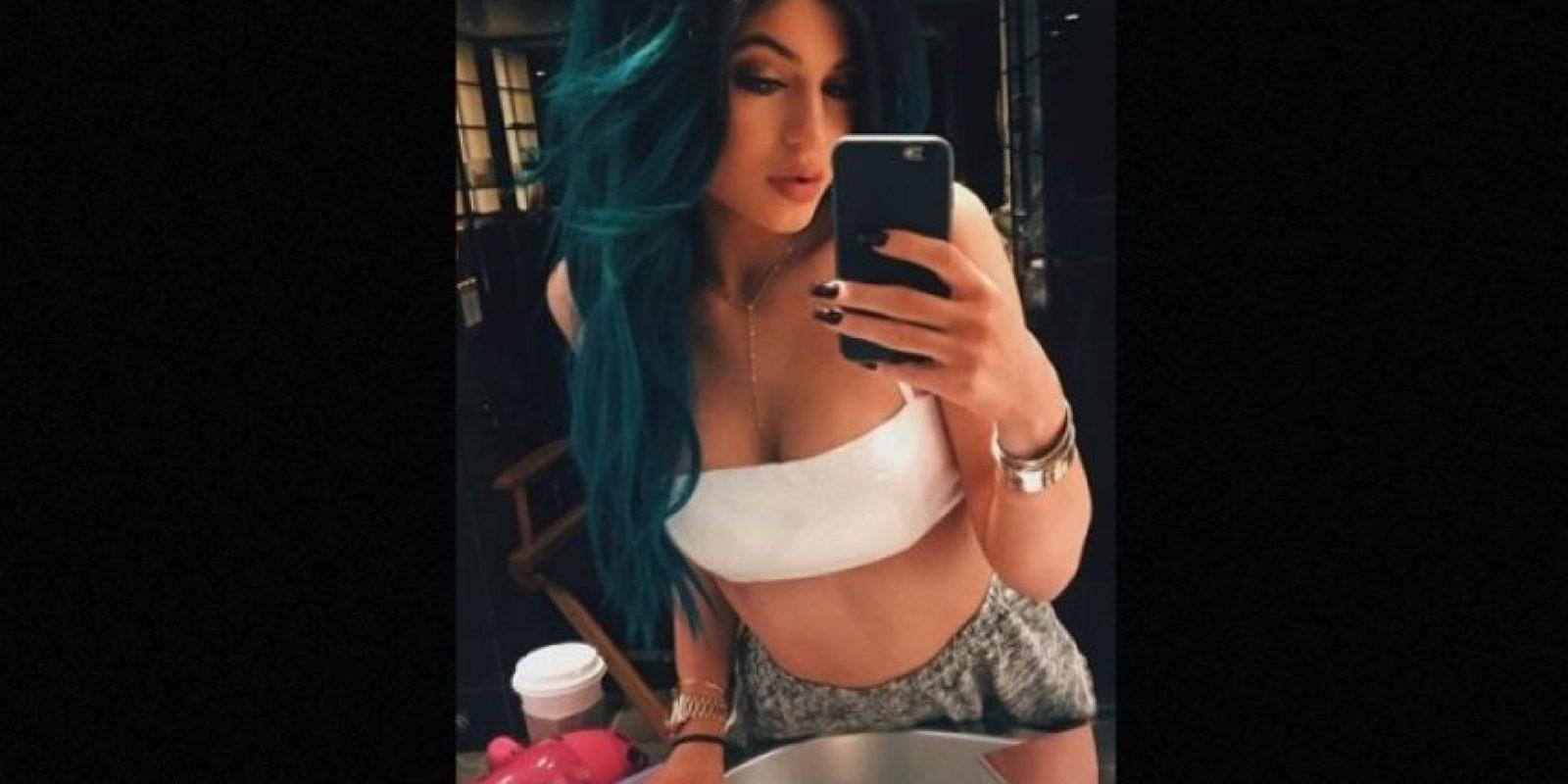 Confesó que pintar su cabello de colores es liberador Foto:Instagram/kyliejenner