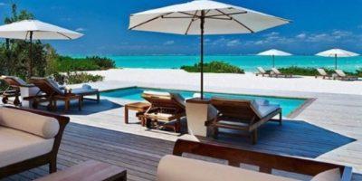 El precio por pasar una noche en una villa de este complejo alcanza los 5 mil 200 dólares Foto:www.turks&caicos.com