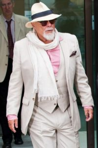 El artista fue encontrado culpable de abusar de tres jóvenes entre 1975 y 1980. Foto:Getty Images