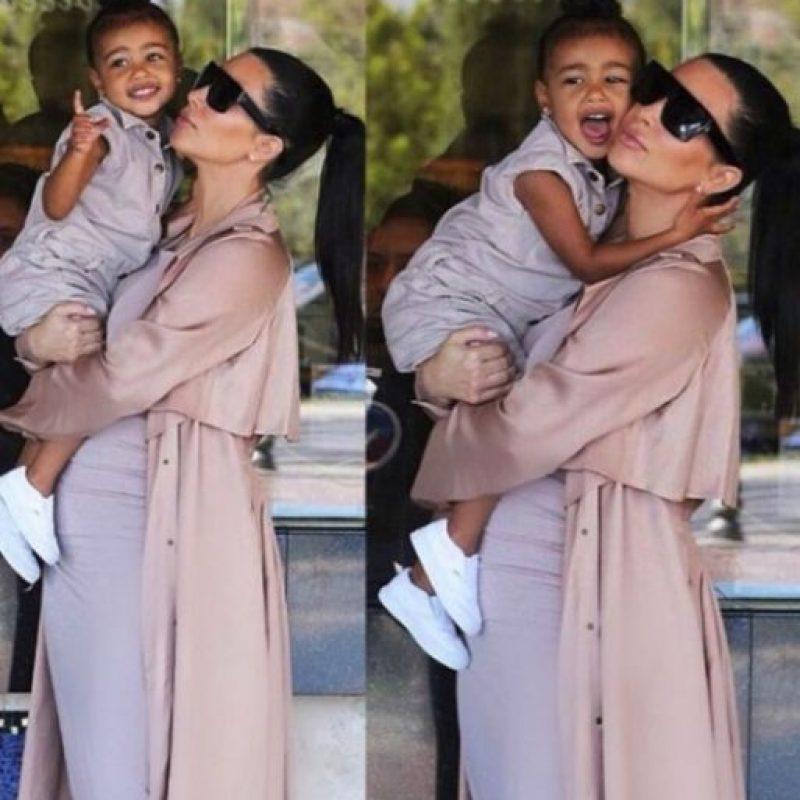 Y su clóset es tan caro y glamouroso como el de su madre. Foto:vía instagram.com/kimkardashian