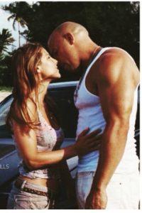 """Una agente de la policía que se enamora de """"Toretto"""" (Vin Diesel) Foto:vía instagram.com/elsapatakyconfidential"""