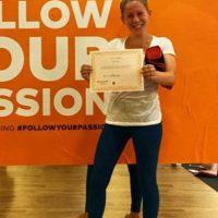 Además, recientemente recibió su certificación como instructora de yoga. Foto:vía instagram.com/caitlinmhal