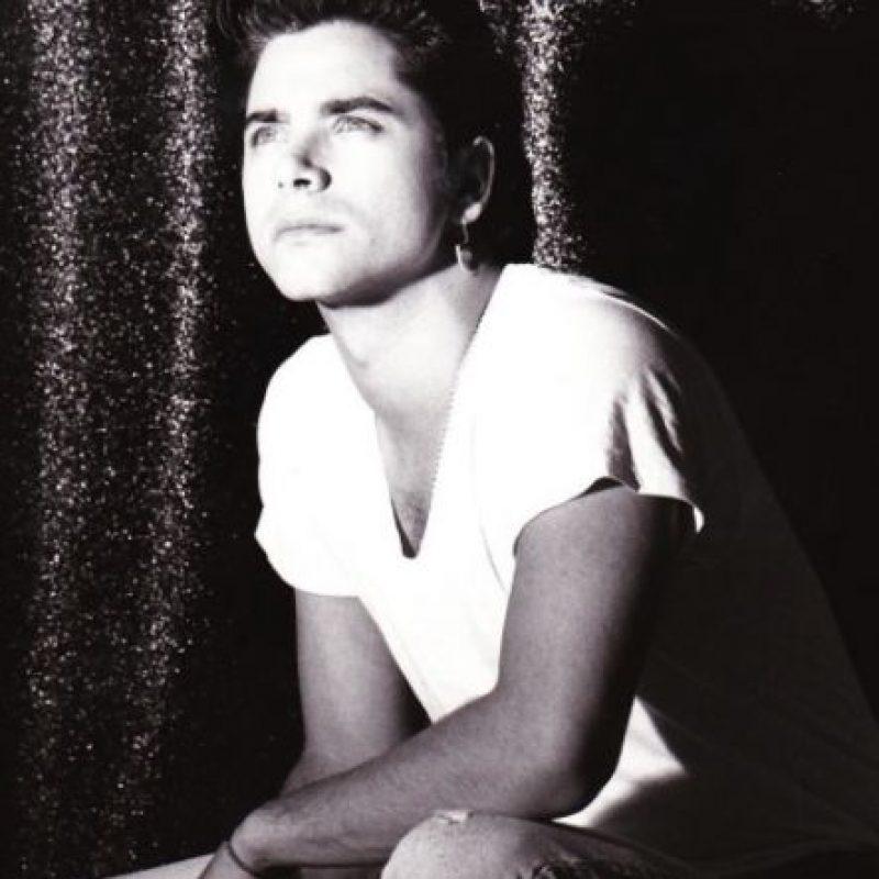 En la década de los años 90, era uno de los hombres más codiciados y perseguidos por las fans. Foto:vía instagram.com/johnstamos