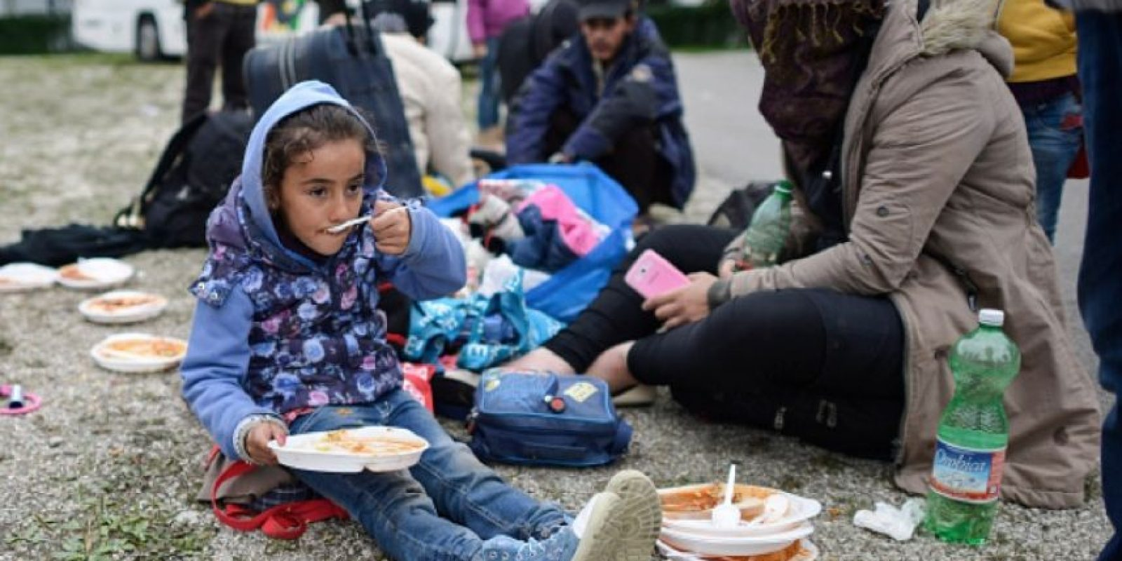 La magnitud del conflicto sirio aumenta constantemente. La Oficina del Alto Comisionado de las Naciones Unidas para los Refugiados calcula que hay más de 4.1 millones de refugiados sirios registrados. La mayoría emigró a países vecinos y más de 500 mil pidieron asilo en Europa. Foto:Getty Images