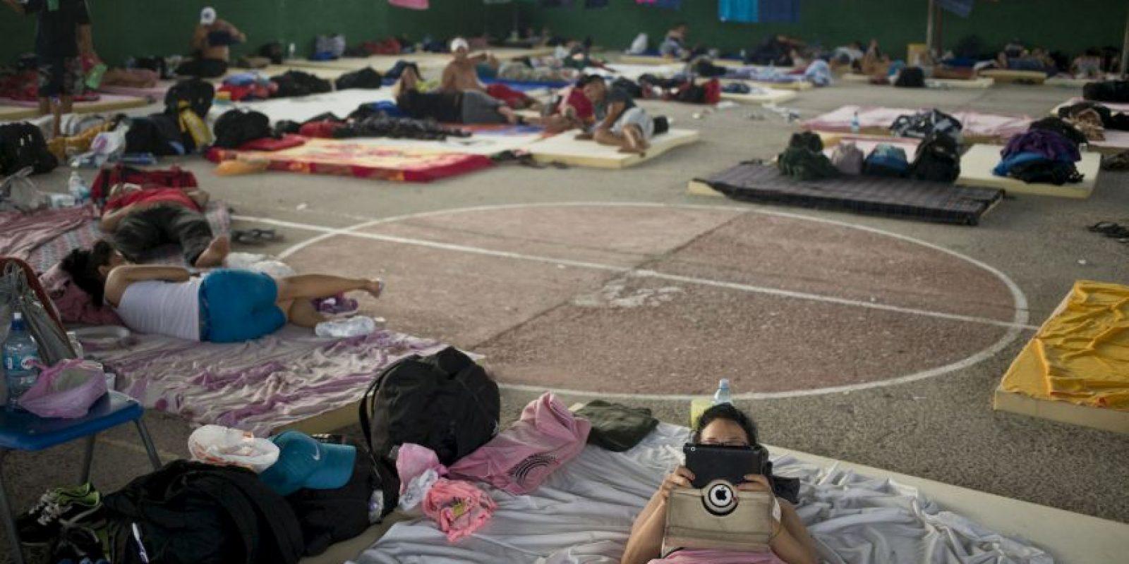 4. Entre las soluciones al problema están transportar a los migrantes a Honduras en barco o en avión. Foto:AP