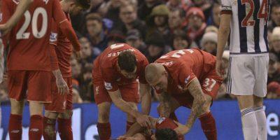 Tras el encuentro, Gardner se levantó, pero Lovren no dejaba de gritar y moverse en el suelo. Foto:AFP
