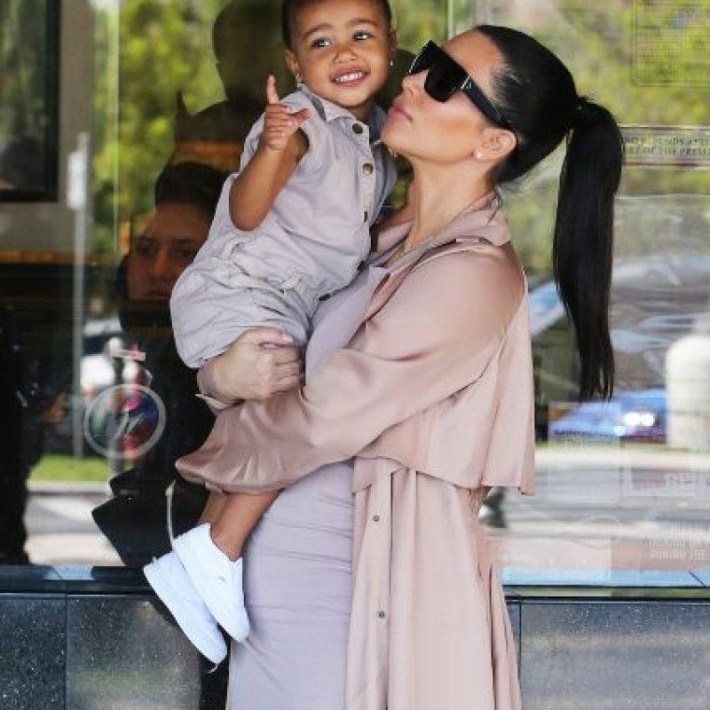 North West y Kim Kardashian Foto:Grosby Group
