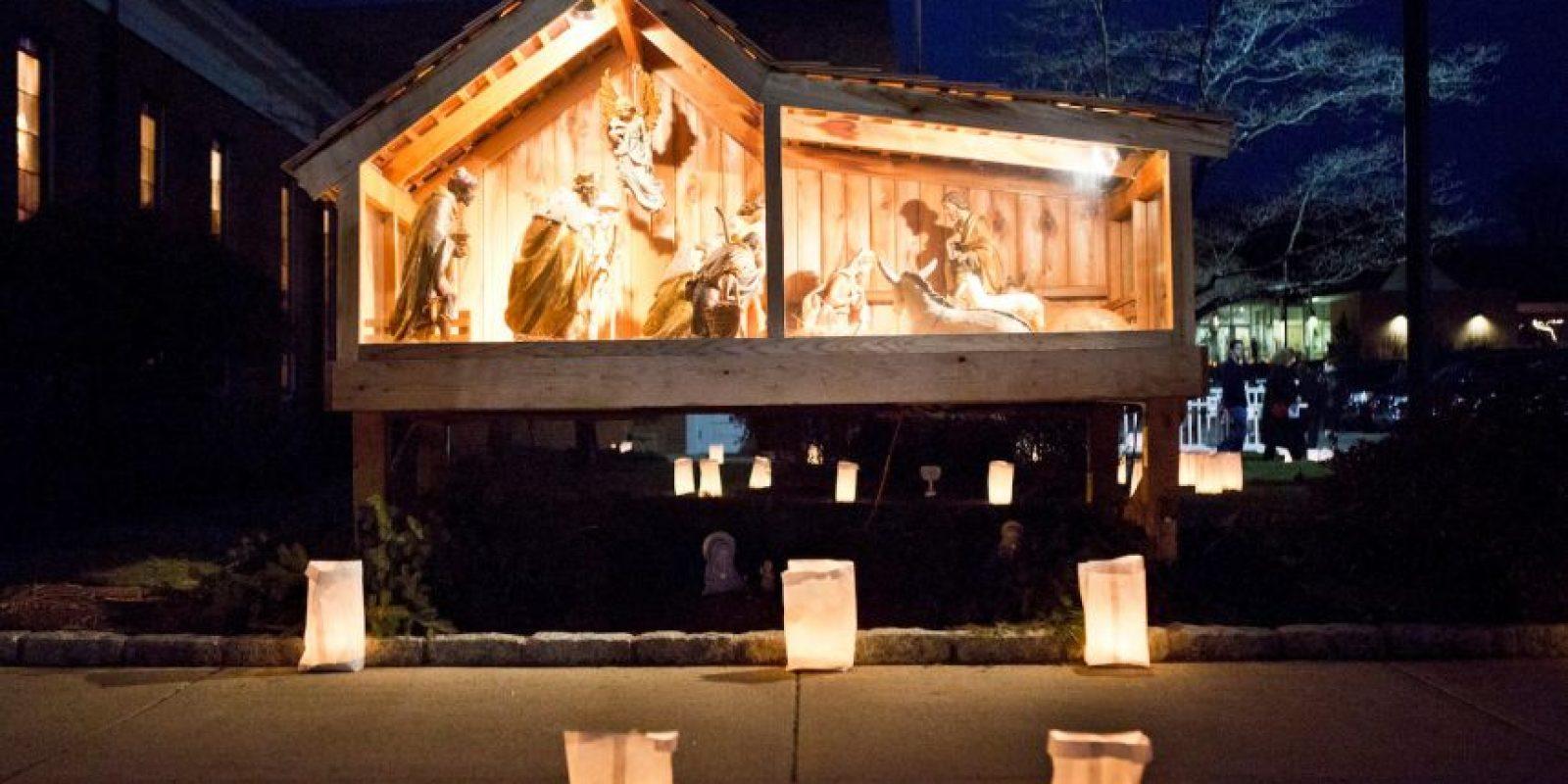 El pequeño se encontraba en un pesebre, del nacimiento que se ha colocado en la iglesia. Foto:Getty Images