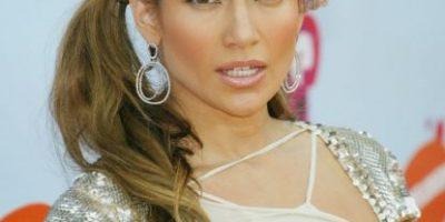 19 veces en que Jennifer López se ha robado las miradas por sus terribles looks