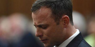 Asesinó a su novia, Reeva Steenkamp, con cuatro disparos tras golpearla con un bat en la cabeza. Foto:Getty Images