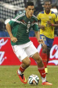 En 2012, una mujer acusó al futbolista mexicano de haberla golpeado con un extintor. Foto:Getty Images