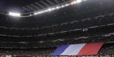 Al principio del encuentro se rindió un tributo a las víctimas en Francia de los ataques terroristas Foto:Getty Images