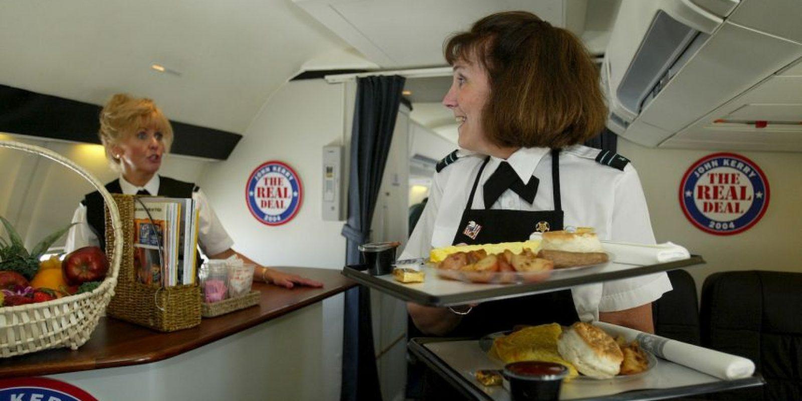 La Asociación de Transporte Aéreo Internacional (IATA, por sus siglas en inglés) establece que las embarazadas pueden viajar hasta la semana 32 de gestación. Foto:Getty Images