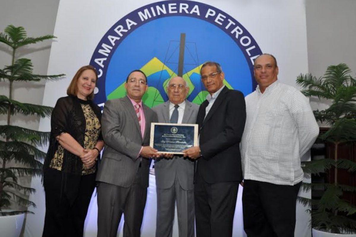 Reconocimiento a Mauricio Hernández