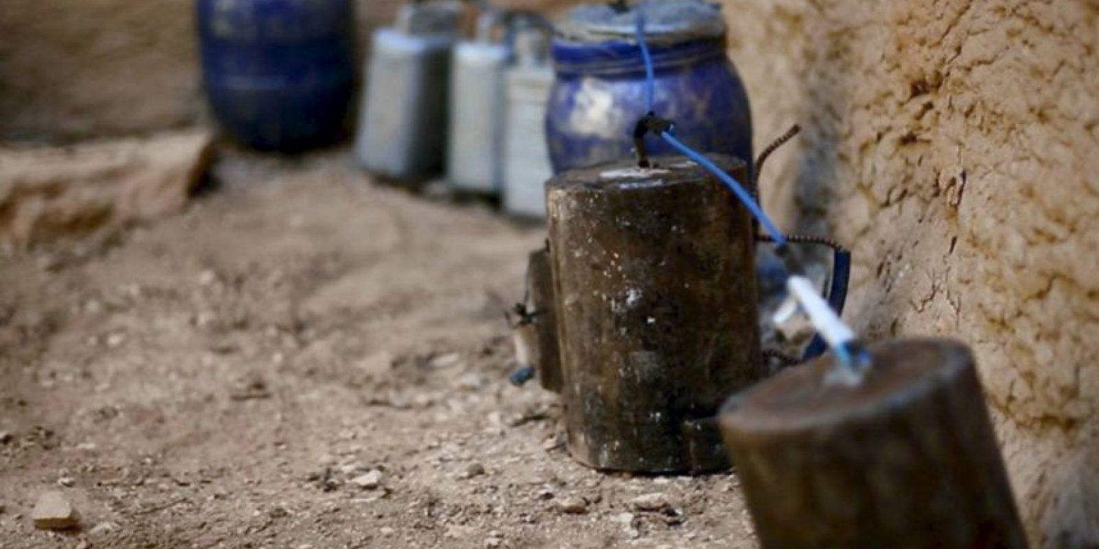 Las autoridades detallaron que el explosivo no tuvo efecto debido a su formula química, la cual estaba compuesta de vinagre y canela. Foto:AP