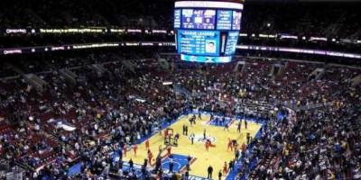 El mal estado de la pista obliga a suspender el Sixers-Kings