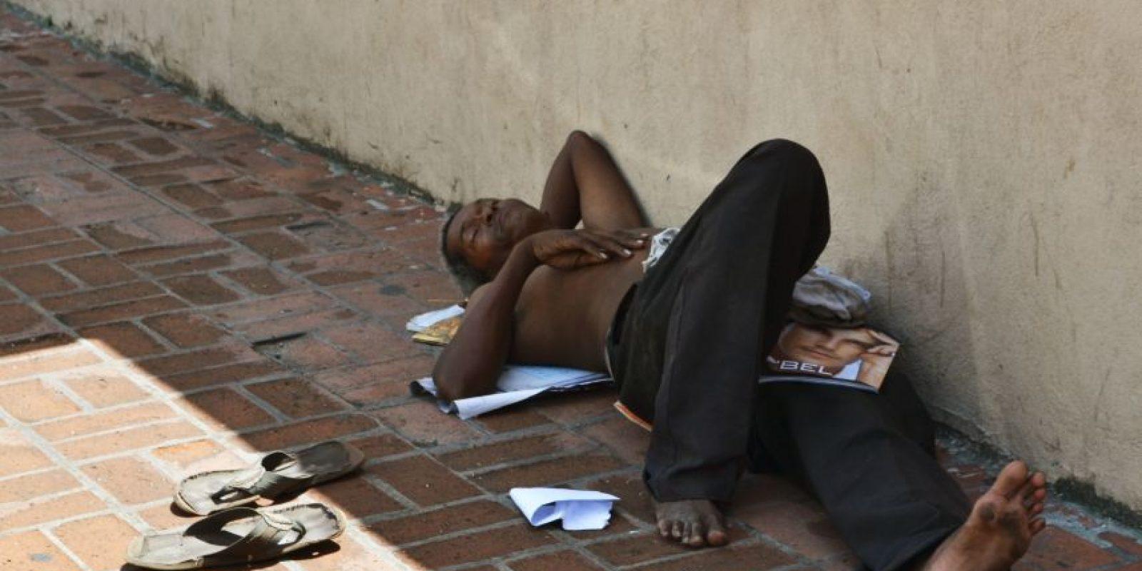 Muchos indigentes son abandonados por sus familiares. / mario de peña Foto:Mario de Peña
