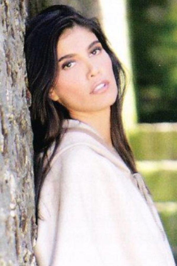 Su ex fue asesinado en 1996. Y ella fue detenida en París por lavado de activos. Estuvo presa cuatro años. Foto:vía Colarte
