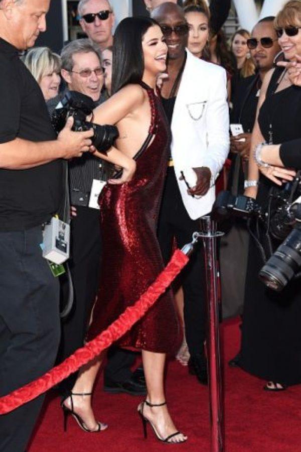 Así lució en la alfombra roja. Foto:Getty Images