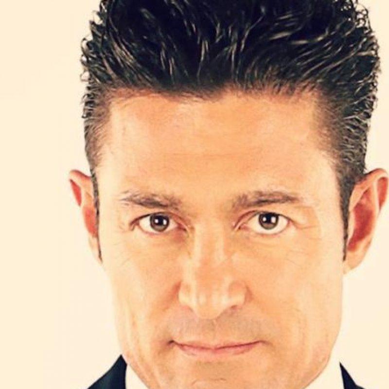 Tiene negocios de bienes raíces en Estados Unidos. Foto:vía Televisa
