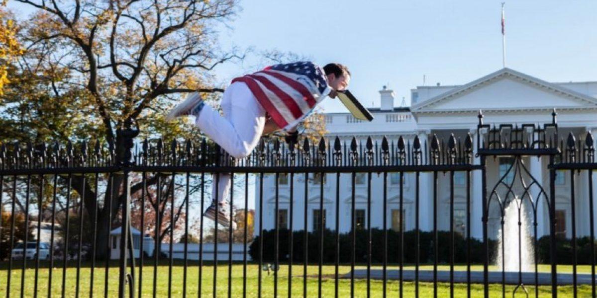 Arrestan a un hombre por saltar las vallas de la Casa Blanca