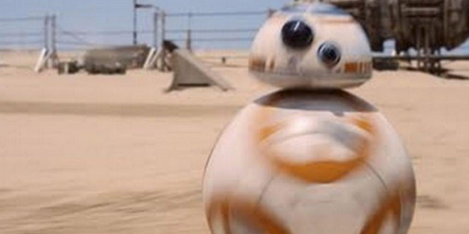 El nuevo androide BB-8. Foto:vía LucasFilm