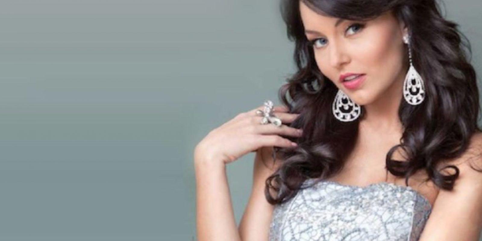 """Angelique Boyer fue """"Teresa"""", en la misma telenovela que lleva su nombre. Foto:vía Televisa"""